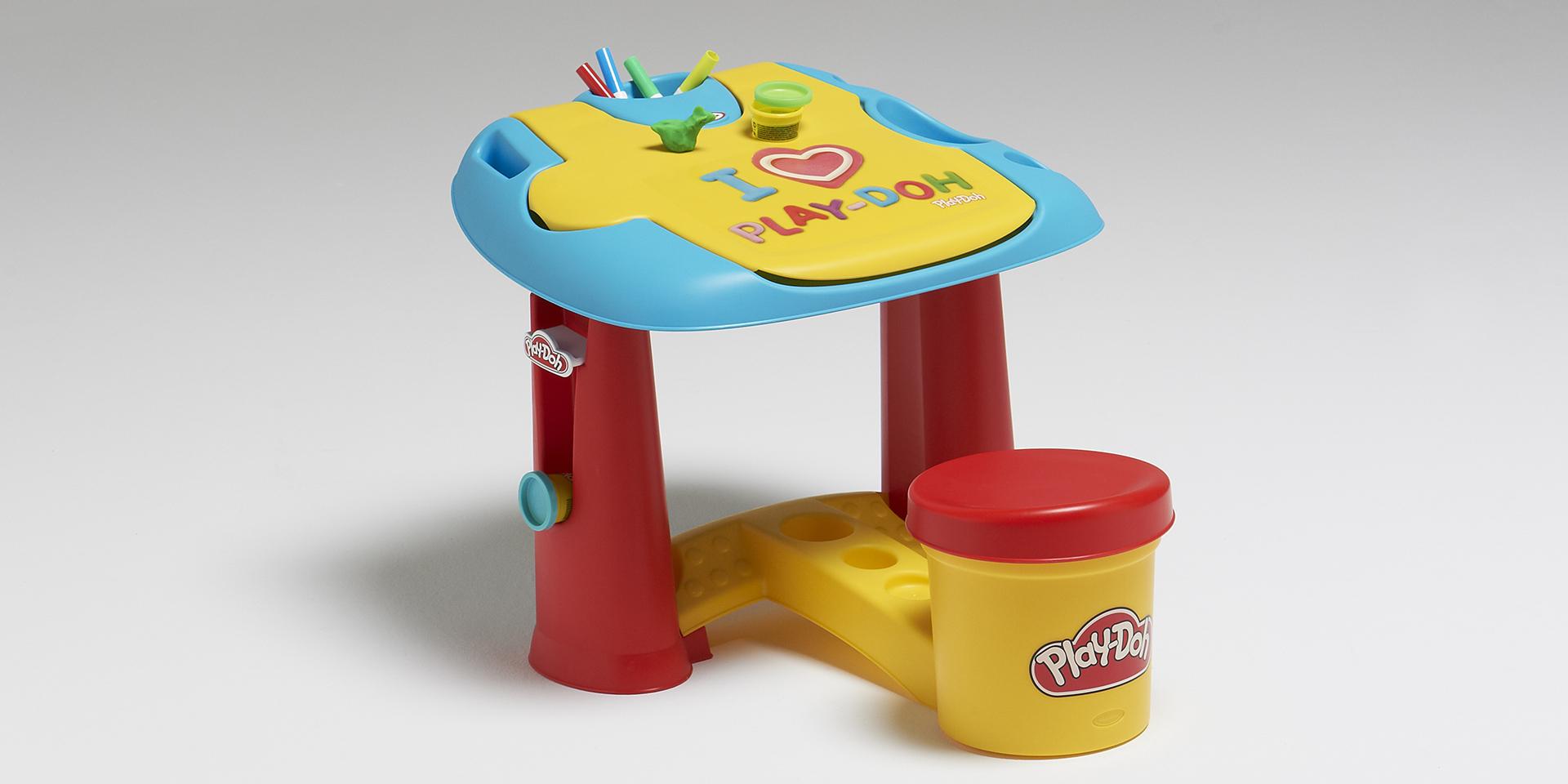Référence - Mon premier bureau enfant